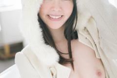 gra_h_yuna-o038